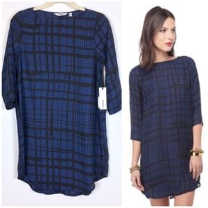 BB Dakota | Black and Blue Paid Sheath Dress